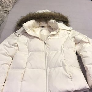 Guess Off White Fur Trimmed Puffer Coat